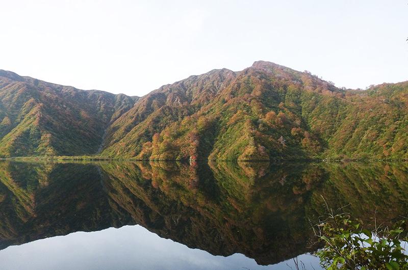 10月 大鳥池(以東岳)